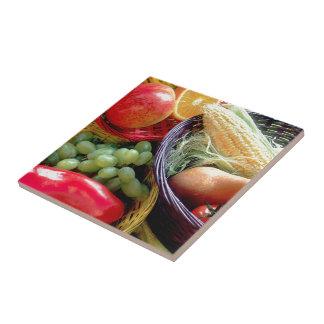 Sund frukt och grönsaker kakelplatta