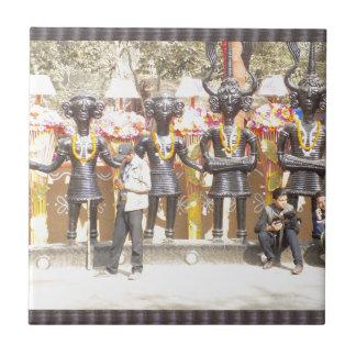 SurajKund Indien Mela festival av FolkArt n kultur Kakelplatta