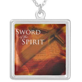 Svärd av anden silverpläterat halsband