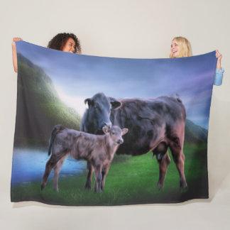 Svart Angus ko och kalv Fleecefilt