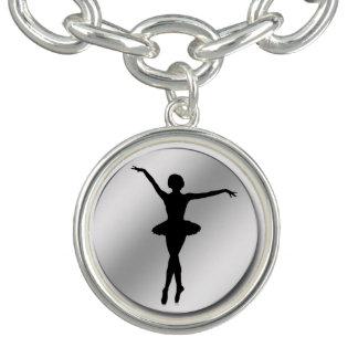 Svart BallerinaSilhouette och silveranpassade Berlockarmband