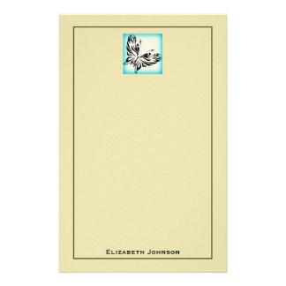 Svart fjäril med blåttgränspersonlig brevpapper