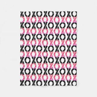 Svart för XOXO | & rosamönster Fleecefilt