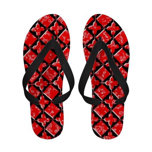 Svart gotisk och röd blommönsterflinflip flops sandaler