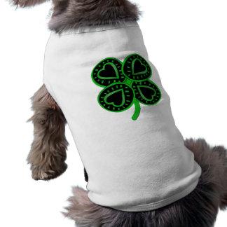 Svart grön klöverhjärta St Patrick daltar skjortan Hundtröja