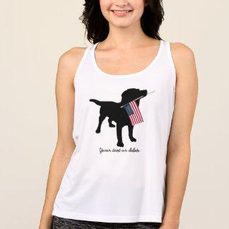 Svart lab hund med USA amerikanska flaggan, 4th av T-shirts