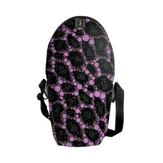 Svart Leopardpussel för lilor Kurir Väskor
