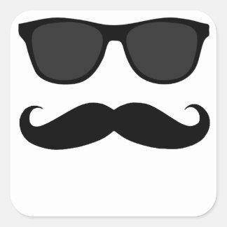 Svart Moustache och solglasögonhumorgåva Fyrkantigt Klistermärke