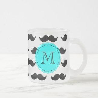 Svart mustaschmönster, AquablåttMonogram Muggar