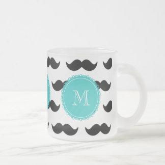 Svart mustaschmönster, krickaMonogram Frostad Glas Mugg