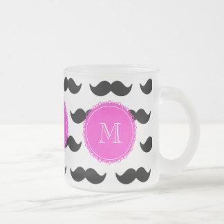 Svart mustaschmönster, shock rosaMonogram Kaffe Muggar