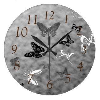 Svart n-vitfjärilar stor klocka