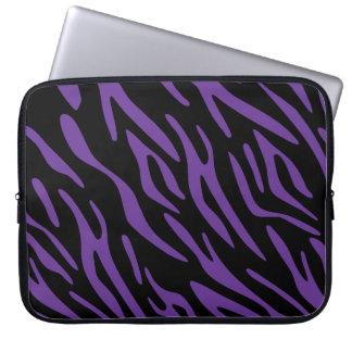 Svart och purpurfärgad sebrarandlaptop sleeve laptopfodral