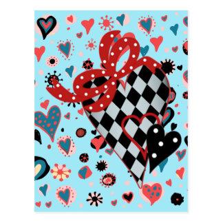 Svart och röd hjärta för schackbräde vykort