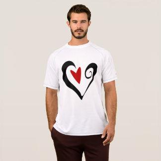 Svart och röd hjärtamanar utslagsplats för aktiv t-shirt