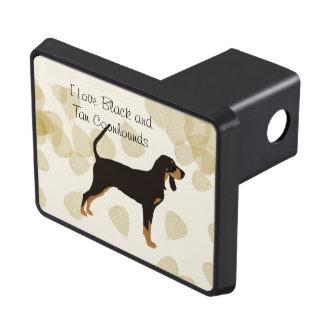 Svart och solbränd Coonhound på solbrända löv Skydd För Dragkrok