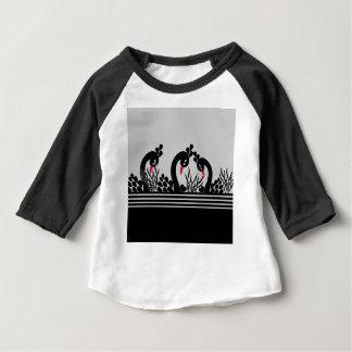 svart påfågel t shirts