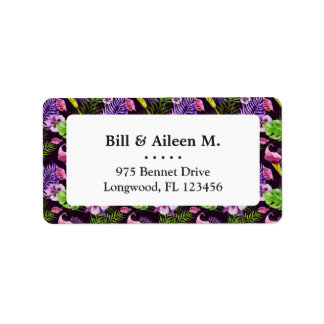 Svart purpurfärgat tropiskt floravattenfärgmönster adressetikett