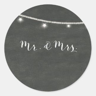 Svart tavlaklistermärke, Herr & Fru för bröllop Runt Klistermärke