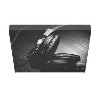 Svart Themed, en Headphonesvart i färg är den Canvastryck