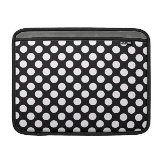 Svart vitpolka dots - MacBook sleeve