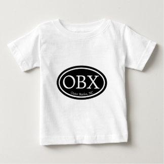 Svärtar den yttre banker för OBX Oval Tee Shirt