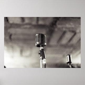 Svartvit Audiophile mikrofon för vintage Poster