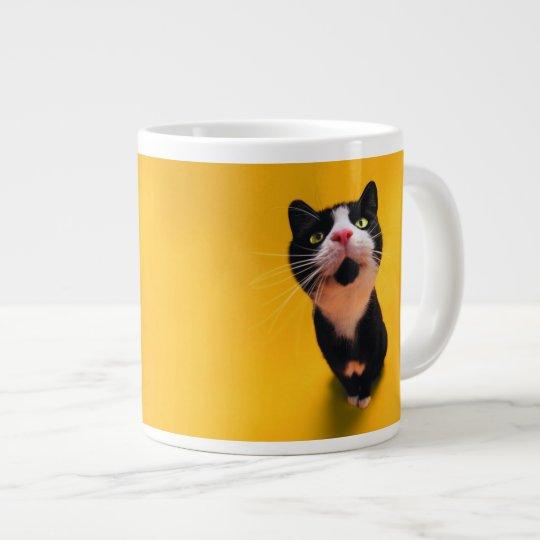 Svartvit katt-smoking katt-husdjur jumbo mugg