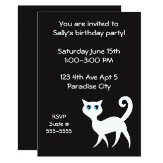 Svartvit kattfödelsedagsfest 12,7 x 17,8 cm inbjudningskort