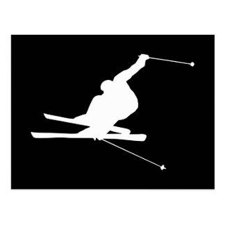 Svartvit sluttande Skier Vykort