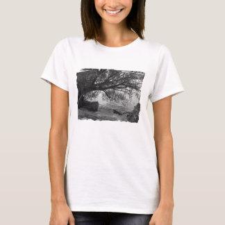 Svartvit trädSilhouette Tee Shirt