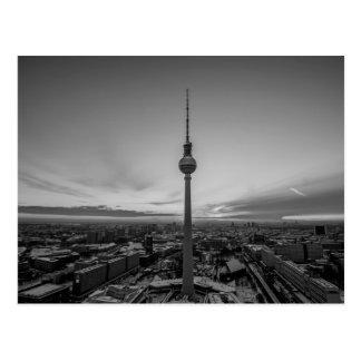Svartvita Berlin på vintern Vykort