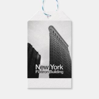 svartvitt av Flatiron byggnad Presentetikett
