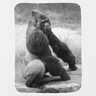 Svartvitt djur för djungel för gorillababyfilt bebisfilt