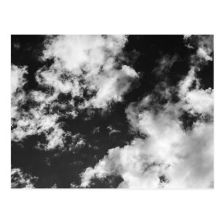 Svartvitt molnigt väder vykort
