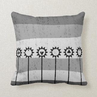 Svartvitt solblommamönster kudde