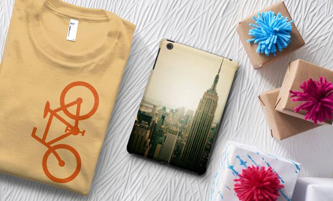 Köp eller skapa en personlig present med att lägga upp egna bilder på en produkt.