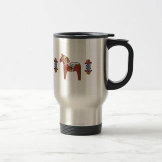 Svensk Dala häst med norska Rosemaling Kaffe Muggar