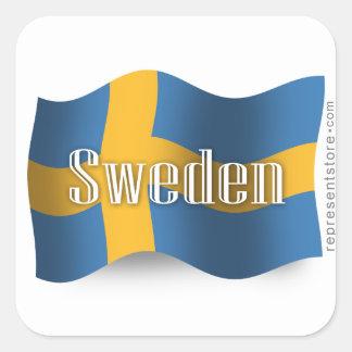 Sverige som vinkar flagga fyrkantigt klistermärke