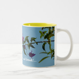 Swallowtail på bougainvillea kaffe mugg