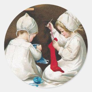Sy för barn runt klistermärke