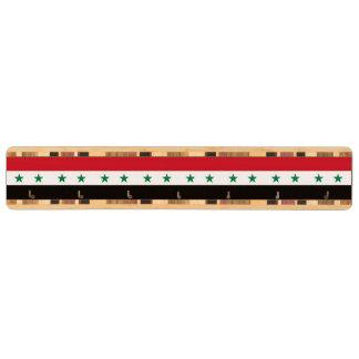 Syrien flagga nyckelhängare av valnötsträ