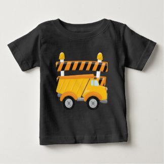 T-skjorta för pojkelastbilkonstruktion t-shirt