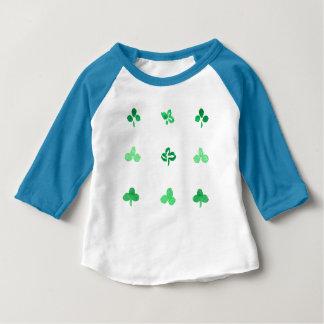 T-tröja för Raglan för klöverlövbaby T-shirt