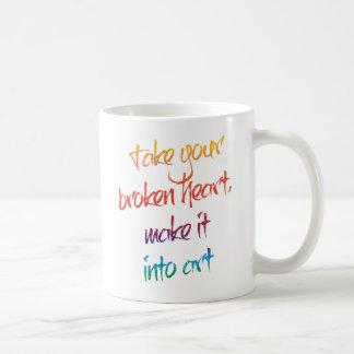 Ta din brutna hjärta, gör den in i konst kaffemugg