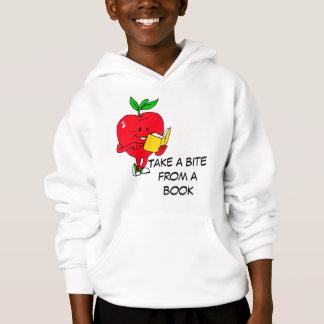 Ta en bita från en bok tröja