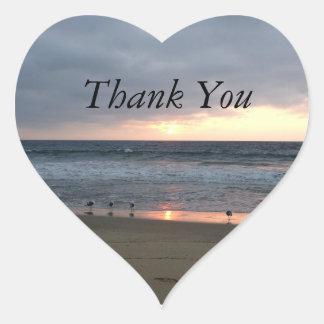Tacka dig hjärtformat klistermärke