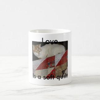 täcket med katten - kopiera, älska, är ett mjukt kaffemugg
