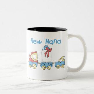 Tåg nya Nana är det en pojke Två-Tonad Mugg