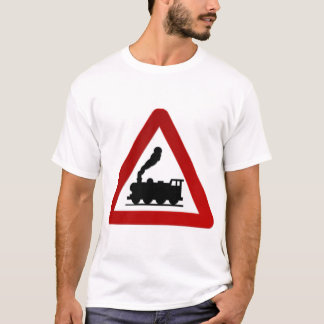 Tåg undertecknar i svart och rött t shirt